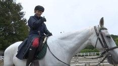 「PORINの乗馬レッスン」のワンシーン。