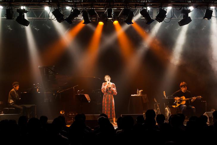 「笹川美和 Concert 2018 ~春待ち月唄会~」の様子。(撮影:勝永裕介)