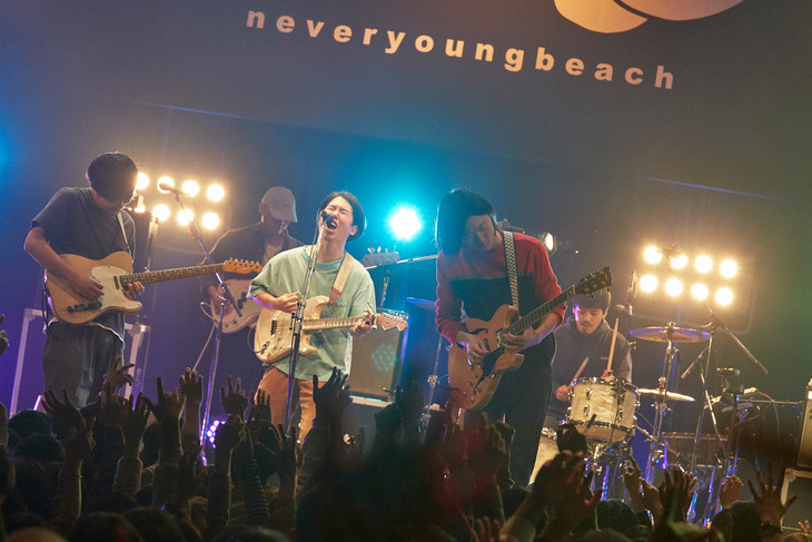 never young beach「never young beach 10inch Vinyl『うつらない / 歩いてみたら』Release TOUR」愛知・Zepp Nagoya公演の様子。(Photo by Yosuke Torii)