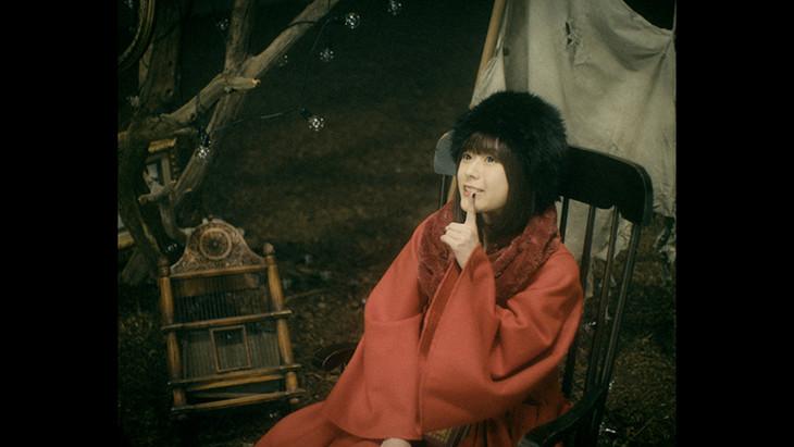 水瀬いのり「Wonder Caravan!」ミュージックビデオのワンシーン。