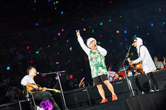 サブステージで歌うベリーグッドマン。(Photo by KEIKO TANABE)