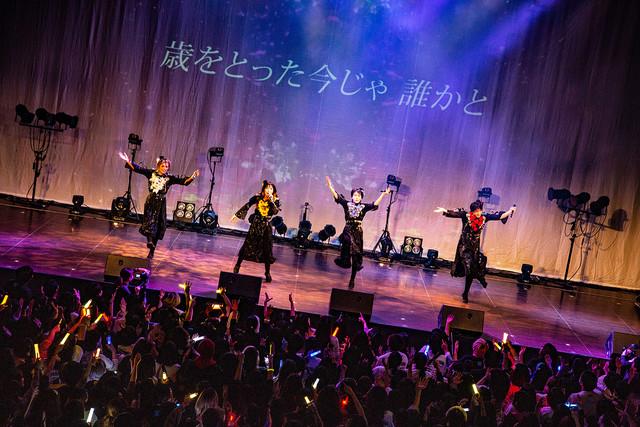 二丁目の魁カミングアウト「JAPAN GAY TOUR」東京・ステラボール公演の様子。(撮影:タマイシンゴ)