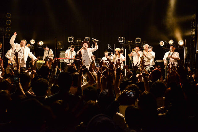 "FRONTIER BACKYARD「""Fantastic every single day"" release tour」東京振替公演の様子。"