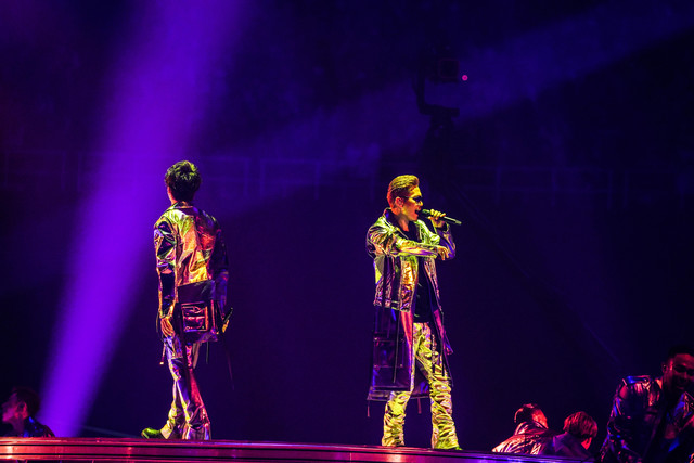 """「EXILE LIVE TOUR 2018-2019 """"STAR OF WISH""""」の様子。(写真提供:エイベックス)"""
