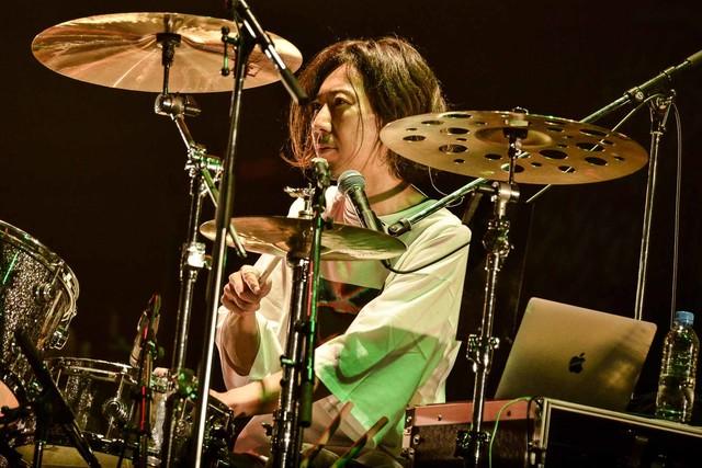 松田晋二(Dr)(Photo by RUI HASHIMOTO[SOUND SHOOTER])