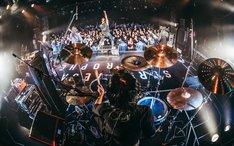 「s p a c e [ s ]TOUR 2018-19」東京・LIQUIDROOM公演の様子。(Photo by toya)