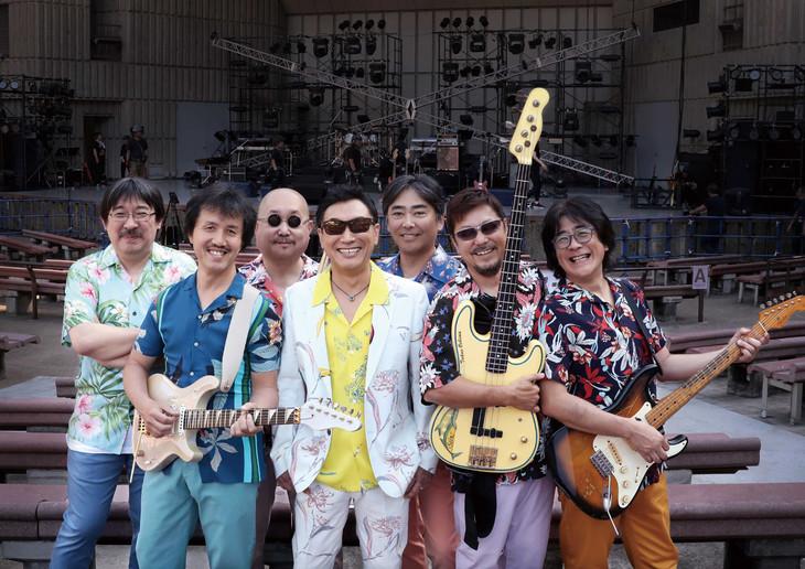 杉山清貴&オメガトライブ(写真提供:WOWOW)