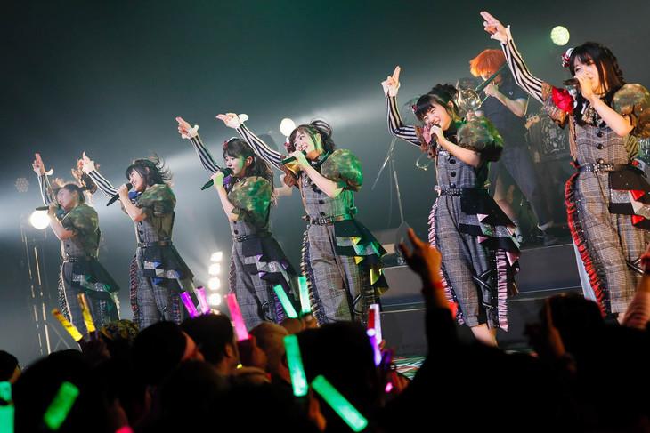本日3月16日の福岡・Zepp Fukuoka公演の様子。(写真提供:ビクターエンタテインメント)