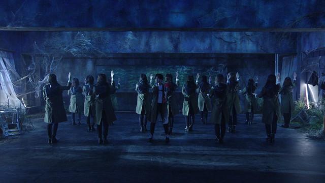 欅坂46「黒い羊」のパフォーマンスシーン。(写真提供:NHK)
