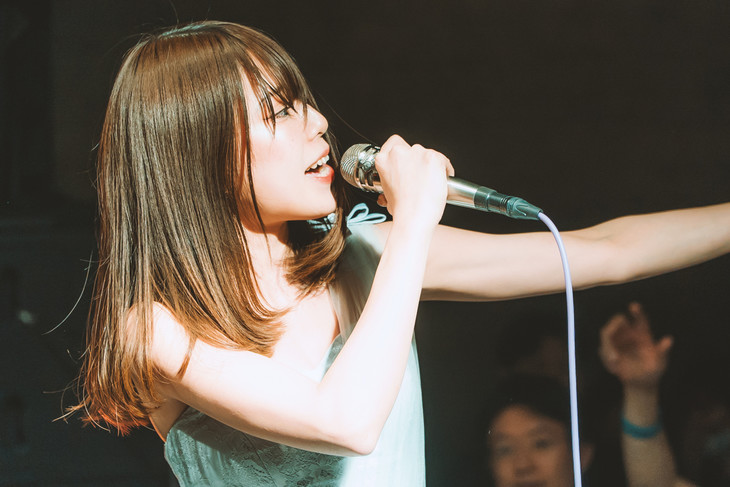 MiZUKi(Vo)(Photo by Shin Ishihara)