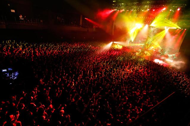 「Zepp Tokyo 20th Anniversary HYDE LIVE 2019」の様子。(撮影:田中和子)