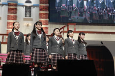 「The Road to Graduation 2018 Final ~さくら学院 2018年度 卒業~」の様子。(写真提供:アミューズ)