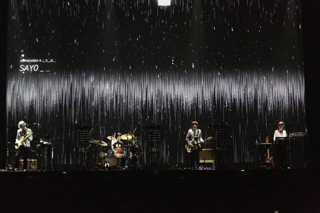 Corneliusのライブの様子。