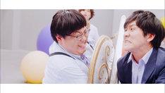 ポルカドットスティングレイ「バケノカワ」ミュージックビデオのワンシーン。
