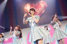 =LOVE「今、この船に乗れ!」東京・Zepp Tokyo公演の様子。(Photo by Ken Ishii)