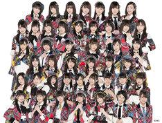 AKB48 Team 8。最上段の左から3番目が谷川聖。