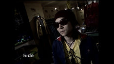 hide GOES ON DIRECTORS CUT」場面カット