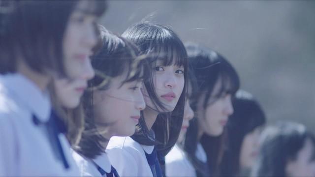 乃木坂46「4番目の光」より。