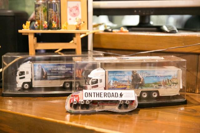 常連客の手作りミニツアートラック。