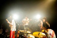 """「柴田聡子 TOUR 2019 """"GANBARE! MELODY""""」東京・LIQUIDROOM公演の様子。(撮影:西光祐輔)"""
