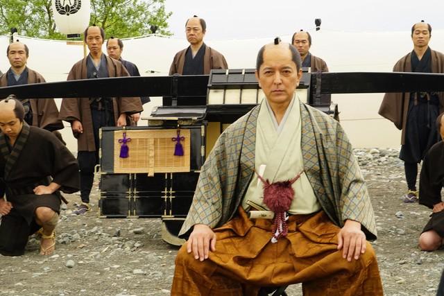 映画「二宮金次郎」の新場面写真。