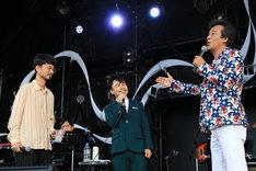 左から、長岡亮介(ペトロールズ)、浜野謙太(在日ファンク)、前川清。