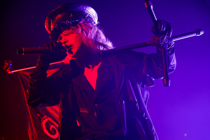 HYDE「HYDE LIVE 2019」初日公演の様子。(撮影:田中和子)