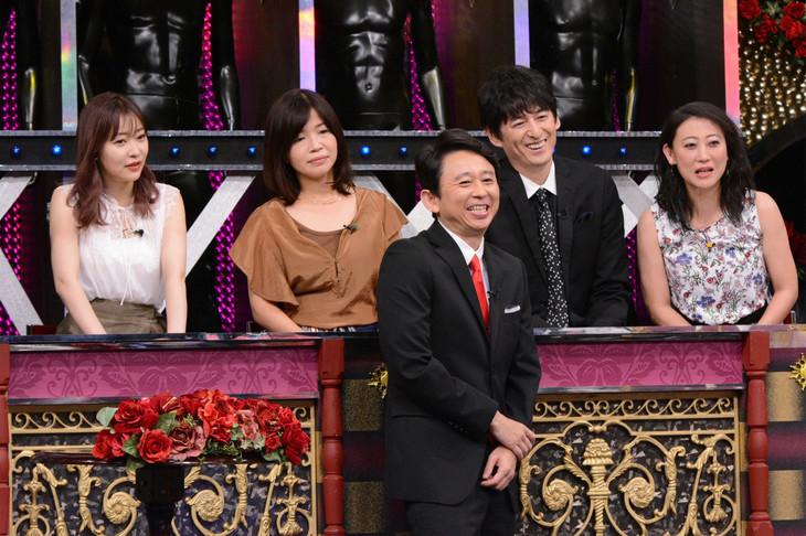 左から指原莉乃、大久保佳代子、有吉弘行、博多大吉、友近。(c)日本テレビ