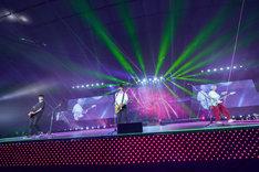 人気画像1位は「BUMP OF CHICKEN最新アルバムツアーが埼玉で開幕『曲がようやく完成した思い』」より、BUMP OF CHICKEN(撮影:古溪一道)