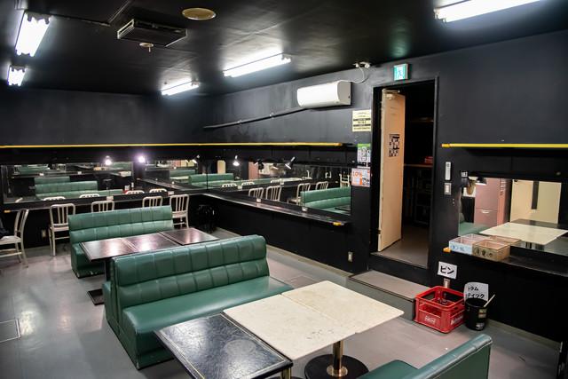 高崎clubFLEEZの楽屋。