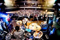 BLUE ENCOUNT「BLUE ENCOUNT HALL TOUR 2019 apartment of SICK(S)」名古屋市公会堂の様子。(撮影:浜野カズシ)