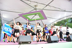 「Hello! Project Special Stage Berryz工房大好きスッペシャル! ~夏焼雅(PINK CRES.)& BEYOOOOONDS & TIF選抜スッペシャルコラボ~」の様子。