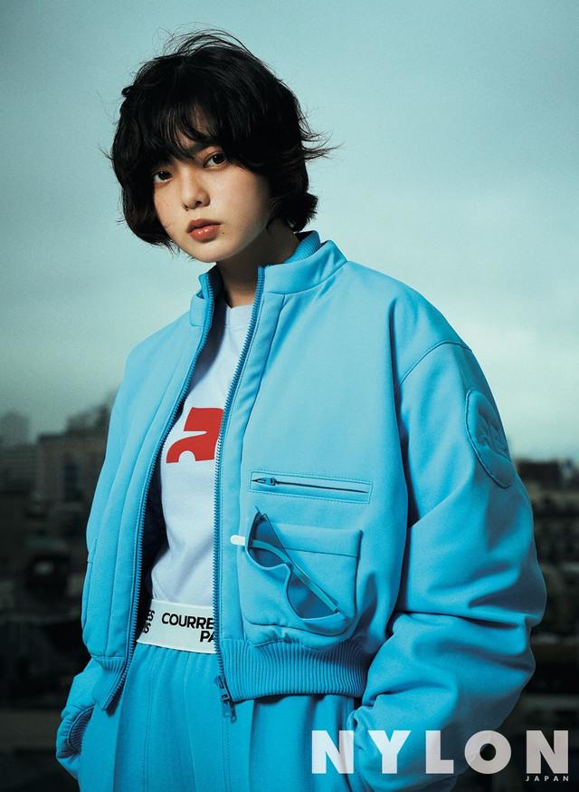 「NYLON JAPAN」10月号誌面より。