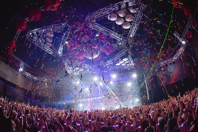 「BUMP OF CHICKEN TOUR 2019 aurora ark」8月20日公演の様子。(撮影:古溪一道)