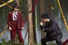 「niko and...」のWebムービー「autumn true true true」のオフショット。