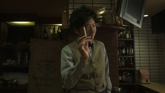 「孤独のグルメSeason4」最終話に登場する小林賢太郎。(c)テレビ東京