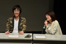 (左から)東京03豊本、光浦靖子。