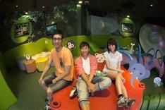 新バラエティ「あにまるまにあ」に出演する(左から)アンタッチャブル柴田、クレイ勇輝、小島梨里杏。(c)tvk