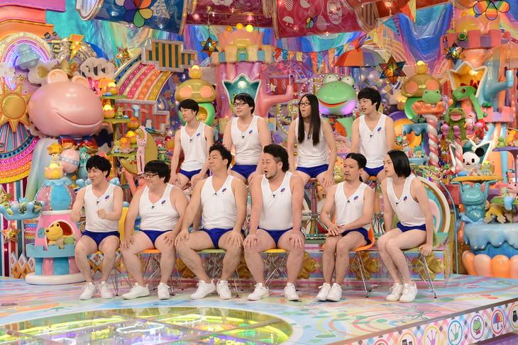 「アメトーーク!」のネットムービー第2弾「芸人体当たりシミュレーション」に出演する芸人たち。(c)テレビ朝日