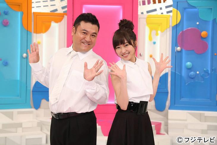 「指原カイワイズ」に出演する(左から)アンタッチャブル山崎、指原莉乃(HKT48)。