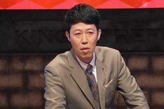 「論破王」主宰の小籔千豊。(c)関西テレビ