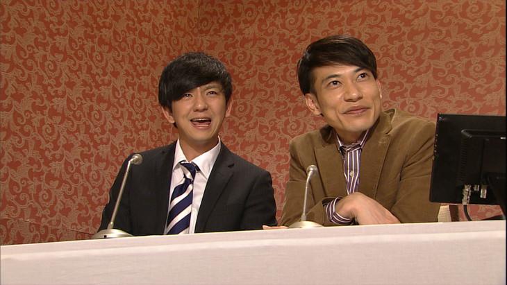 左から、コント「同窓会偉人伝」に出演するパンサー向井、インパルス板倉。(c)NHK