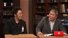 ゲストのコロッケ(左)とビートたけし。(c)NHK