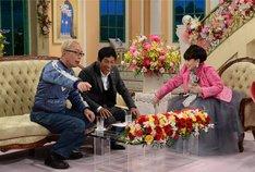 「徹子の部屋 祝40周年 最強夢トークスペシャル」に出演する(左から)所ジョージ、明石家さんま、黒柳徹子。(c)テレビ朝日