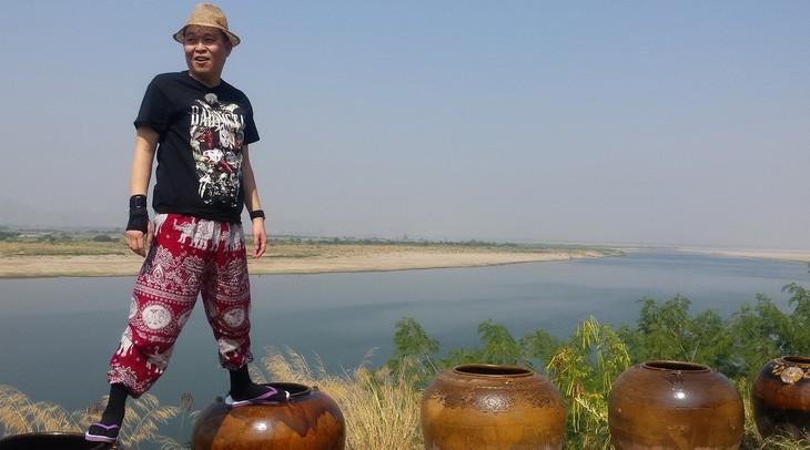 ミャンマーを旅する千原せいじさん