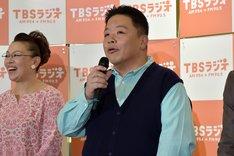 伊集院光と、柴田理恵(左)。
