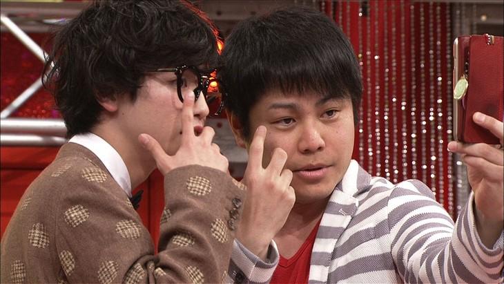 左からゆうたろう、NON STYLE井上。(c)日本テレビ