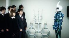CM「LiVE MAX TVCM~宇宙人篇~」のワンシーン。