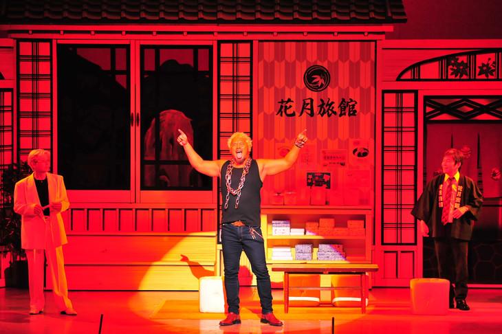 吉本新喜劇に登場した真壁刀義。
