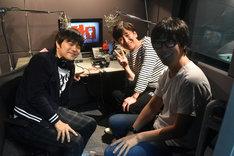 副音声収録に臨んだ(左から)バカリズム、東京03飯塚、東京03豊本。
